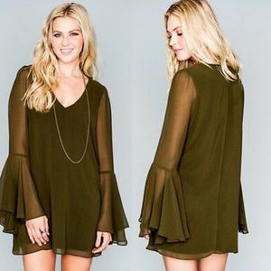 Show me your mumu | Barry bell sleeves green dress